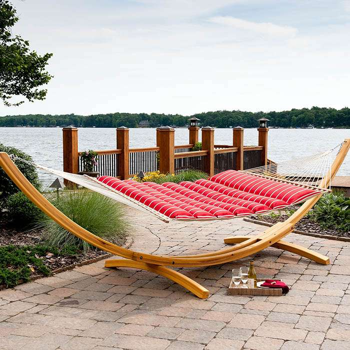 Hatteras Cushioned Swing